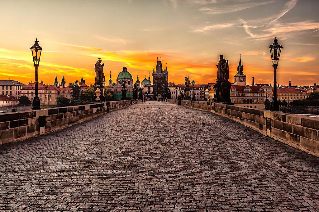 1024px Prague sunrise 8099151633