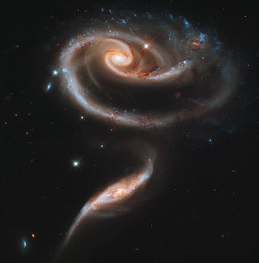 1010px UGC 1810 and UGC 1813 in Arp 273 captured by the Hubble Space Telescope